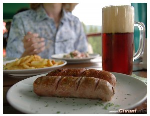 Ukraine photo • Украина фото - Bukovel Ukraine Photo • Буковель фото - Bavarian sausages • Баварские колбаски